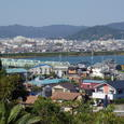 日高川より御坊市内を望む